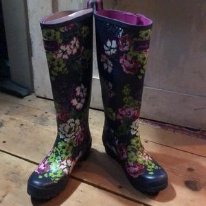 Joules tall floral rainboots, US size 8